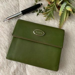 TOD'S trifold Wallet Soft green luxury leather